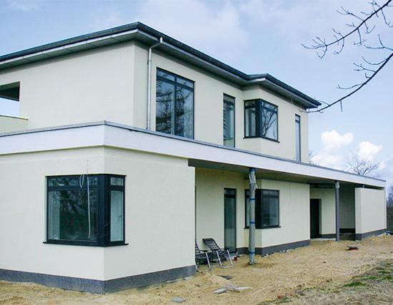 Das Bauunternehmen OVEB GmbH sorgt mit cleveren Lösungen für eine kurze Aufbauzeit (Foto: OVEB)