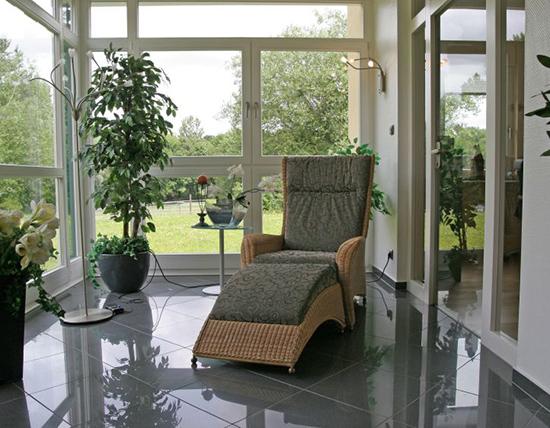 wohnen im wintergarten moderne technik gesundes. Black Bedroom Furniture Sets. Home Design Ideas