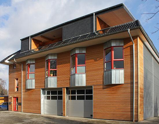 Lanz Dachbau steht für konventionelles und ökologisches Bauen, Dämmung sowie alles rund ums Dach (Foto: Neumann)