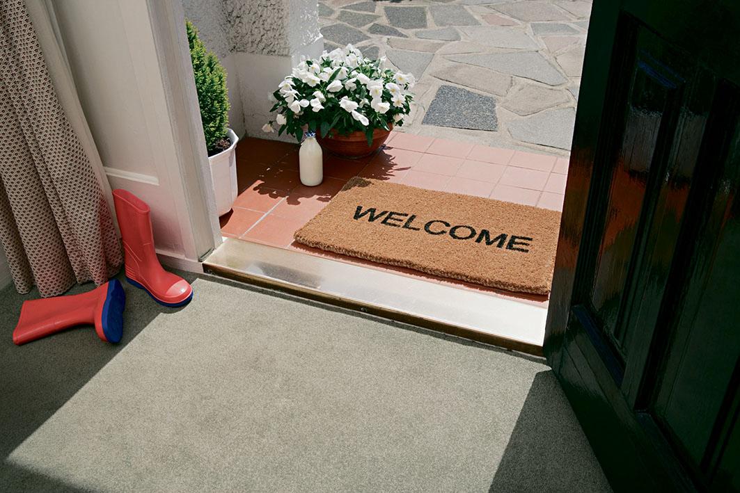Eingangstür, Willkommensmatte