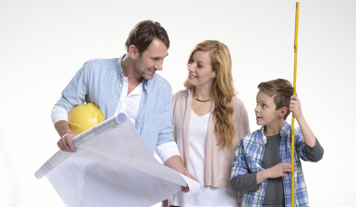 Familie Mit Bauplan