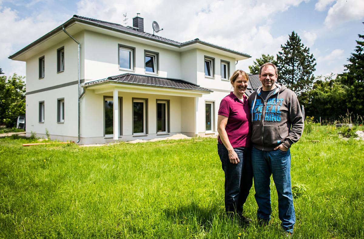 Ehepaar Vor Haus