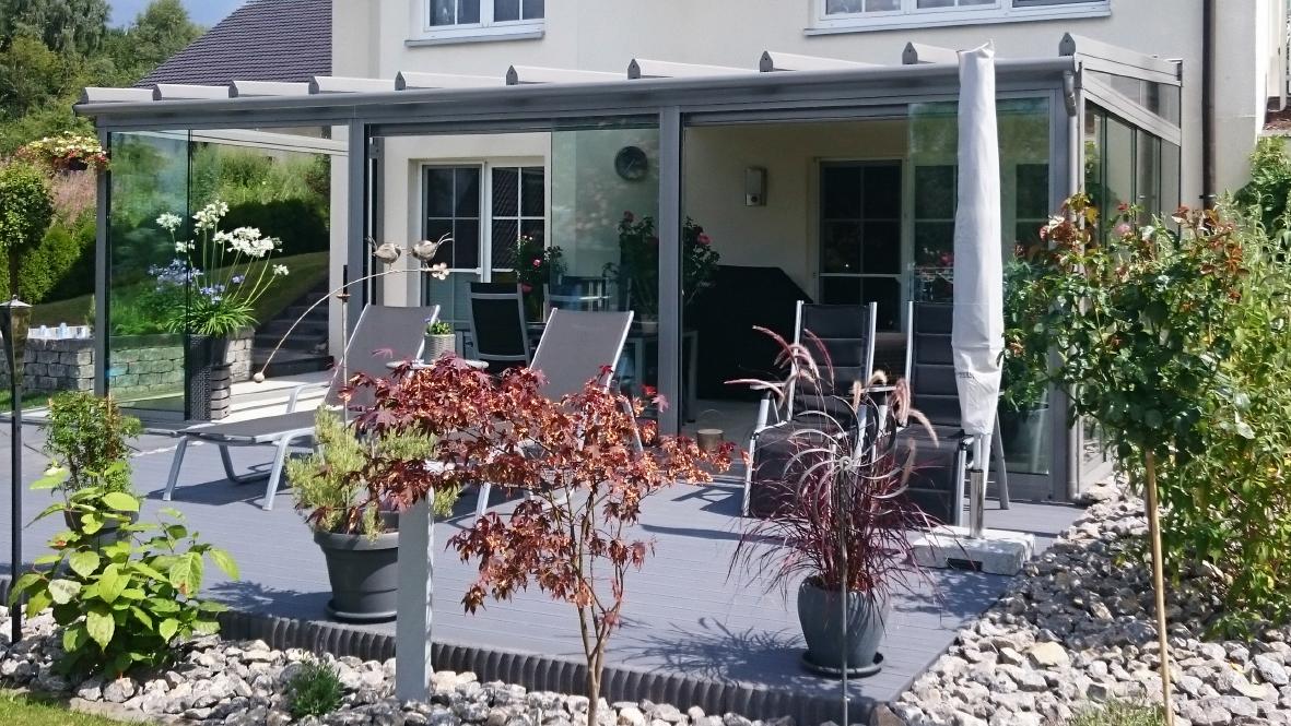 jederzeit auf die terrasse das eigene haus. Black Bedroom Furniture Sets. Home Design Ideas