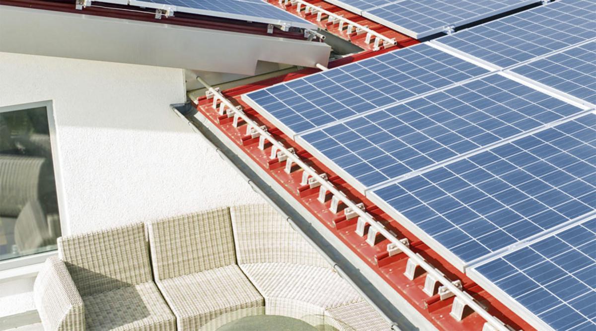 Solaranlage Neben Terrasse