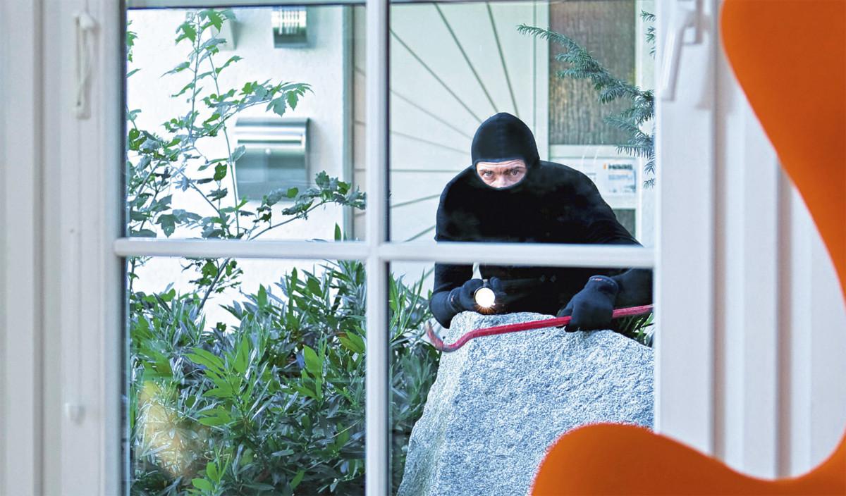 Einbrecher Auf Terrasse