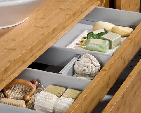 stauraum und platz auch im kleinsten bad schaffen das eigene haus. Black Bedroom Furniture Sets. Home Design Ideas