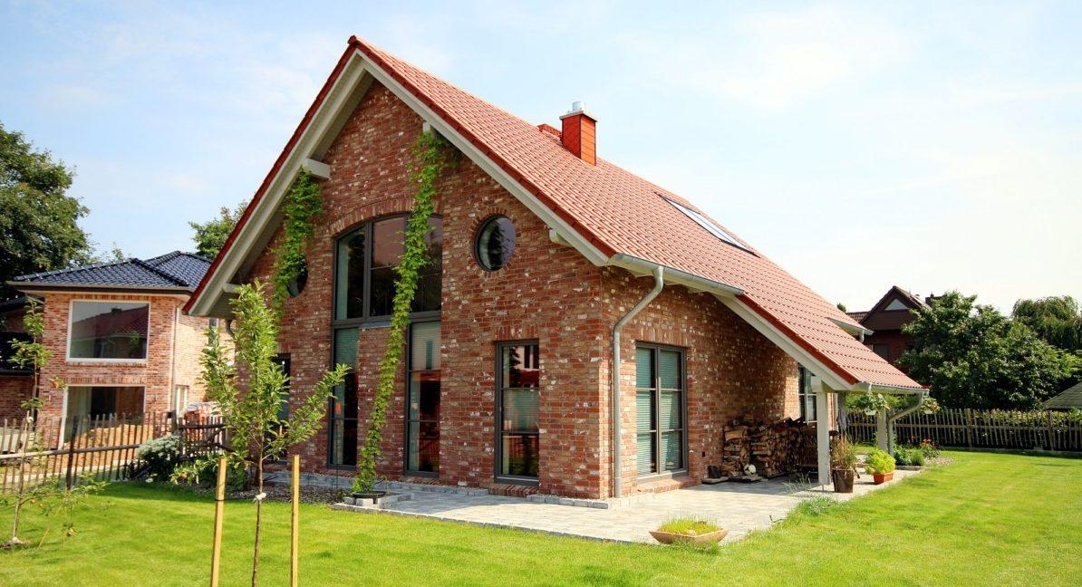 Massivhaus Mit Langem Dach
