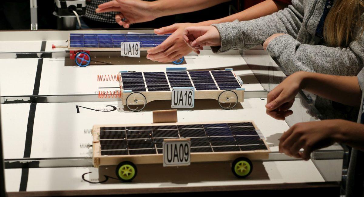 Auftakt Zu Den Achten Landesmeisterschaften Im Solarautorennen