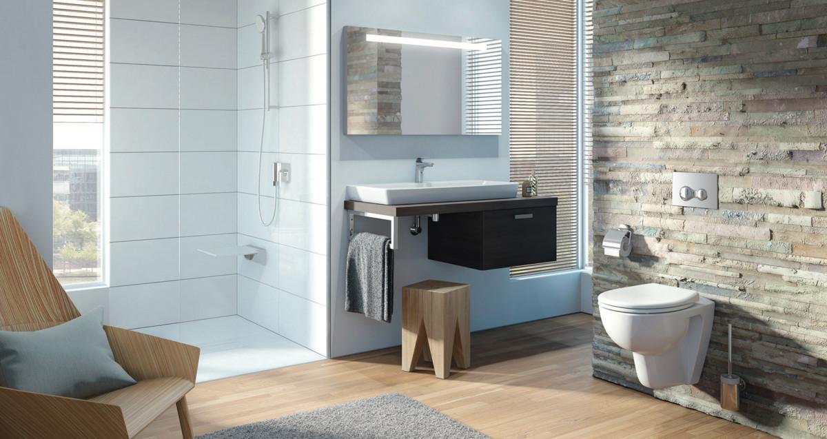 Modern Eigerichtetes Badezimmer