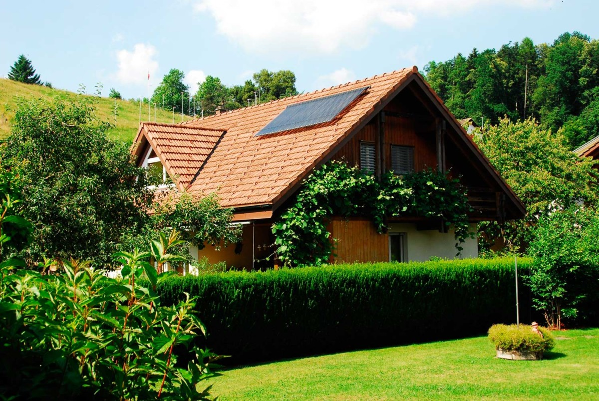 Solarthermie Auf Dem Dach – Varisol ©Kingspan Environmental