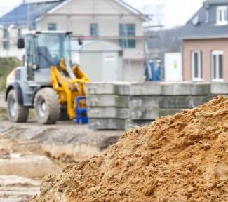 Geld sparen durch Eigenleistung beim Hausbau – Was ist drin?